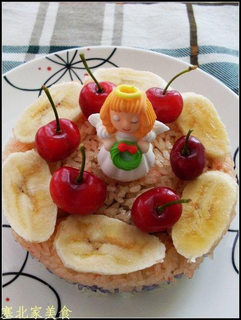 糯米三色蛋糕的做法(早餐菜谱-中国风情的创意蛋糕)