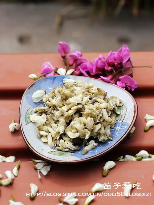 槐花饭的做法(早餐菜谱)
