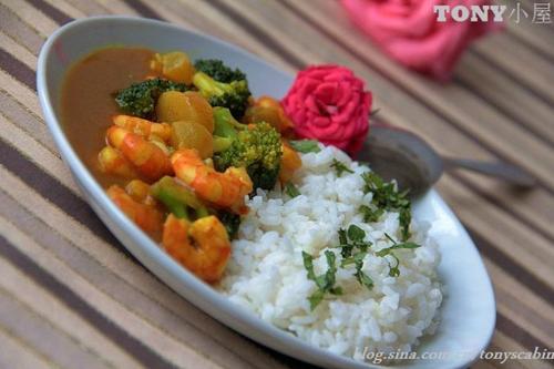 咖喱海鲜饭的做法(早餐菜谱)