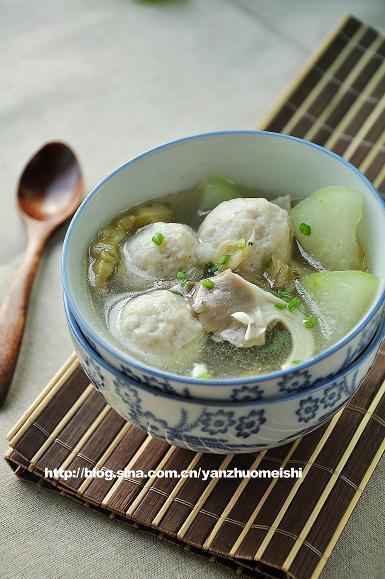 冬瓜蘑菇鱼丸汤的做法