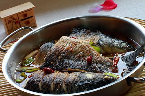 平底锅烤鱼_如何做,怎么做平底锅烤鱼的做法,详细步骤